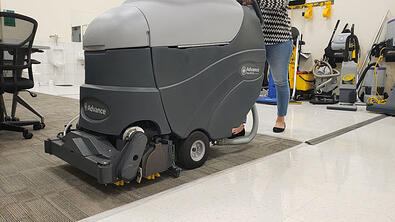 battery operated walk behind carpet extractor